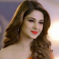 Jennifer Winget Age, Caste, Wife, Children, Family ...