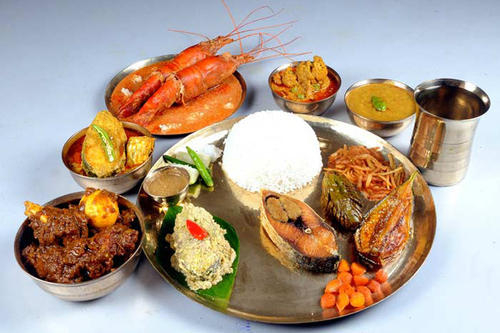 15 Delicious West Bengal Dishes You Must Try Atleast Once